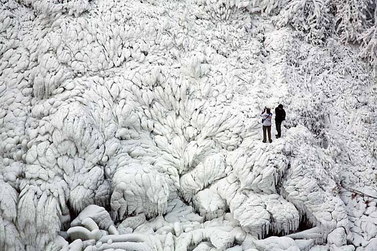Le Doubs gelé - Jura
